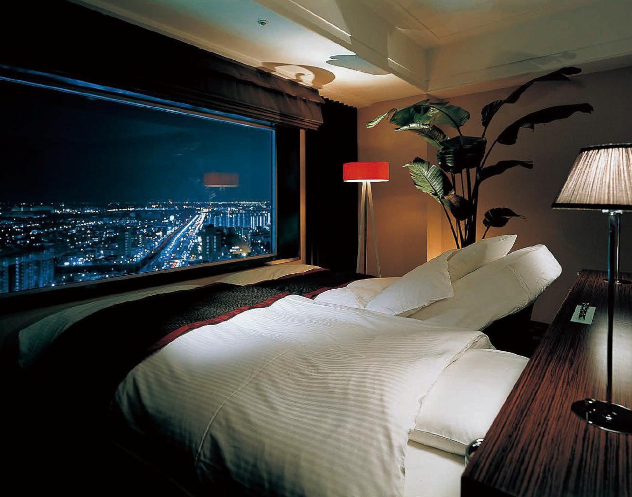 ディズニーランドに便利なホテル一覧 | ディズニーランドを100倍楽しむ